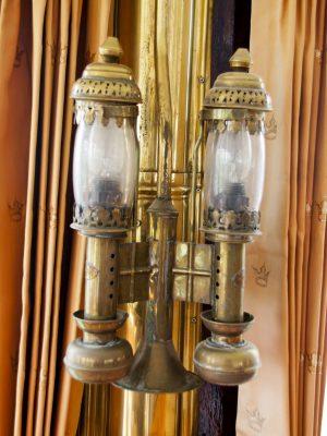 Art Deco lampjes aan boord van de Kapitein Anna (c) DJD